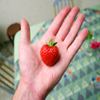 Jigsaw: Strawberry Hand